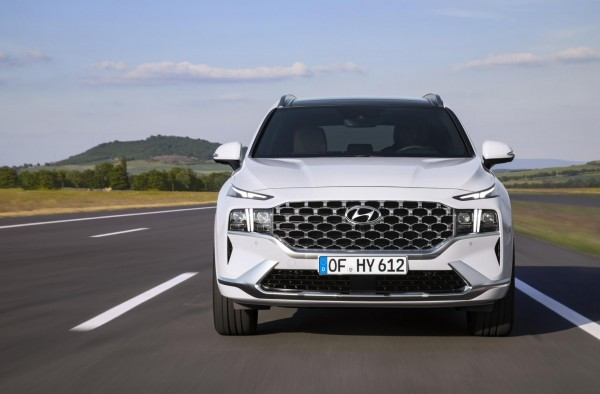 HYUNDAI Santa Fe-Leasing bekommt Facelift und Plug-in-Hybrid