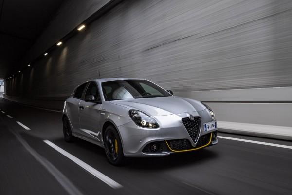 ALFA ROMEO Giulietta mit mehr Farben zu leasen