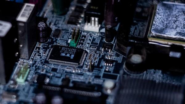 Chipmangel stoppt Produktion des TESLA Leasingmodells Model 3 für zwei Wochen